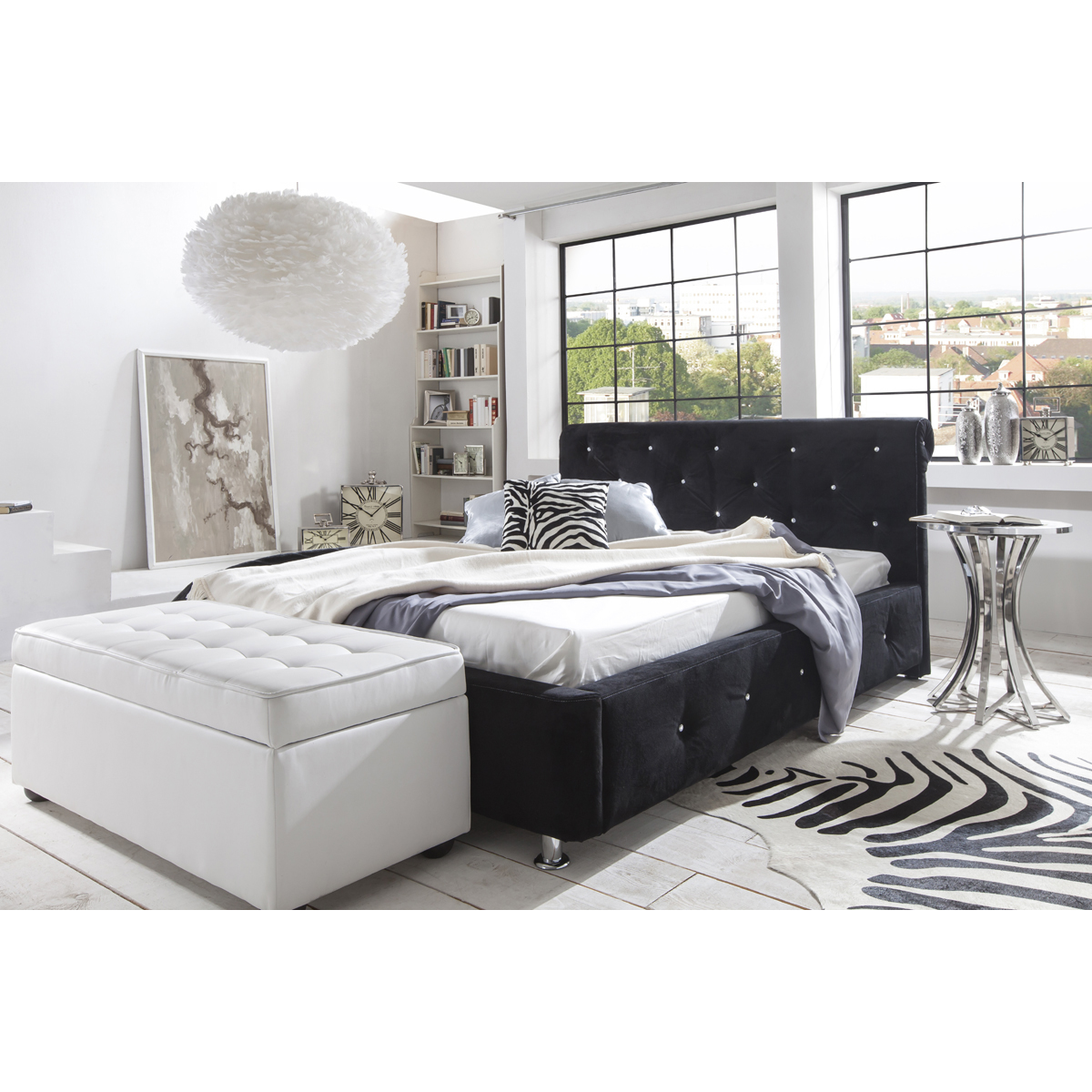 schlafzimmer mit boxspringbett einrichten. Black Bedroom Furniture Sets. Home Design Ideas